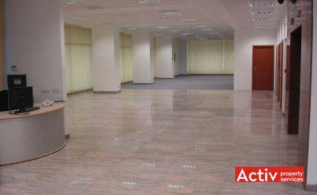 Virtuții Business Center clădire spaţii de birouri București vest, vedere interioară recepție clădire, lângă metrou Petrache Poenaru