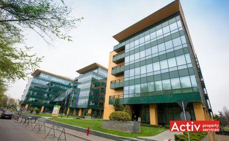 Centrul de afaceri S-Park este format din 4 clădiri interconectate, cu parterul comun