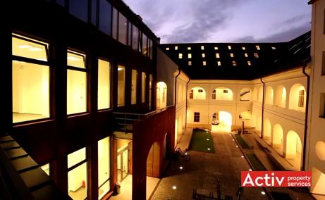CSDA Bornemisza inchiriere spatii de birouri Targu Mures central imagine nocturna