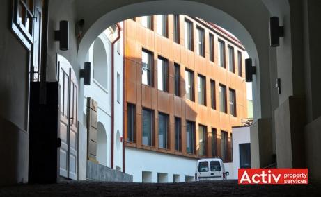 CSDA Bornemisza inchiriere spatii de birouri Targu Mures central poza acces cladire