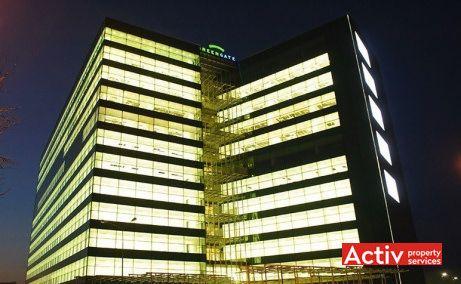 Green Gate spații birouri zona centrală imagine clădire noaptea